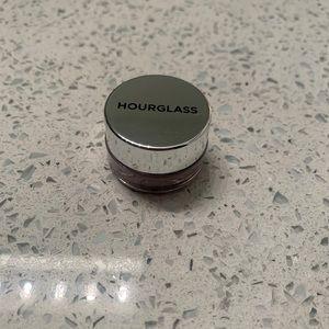 Hourglass Scattered Light Eyeshadow in Molten